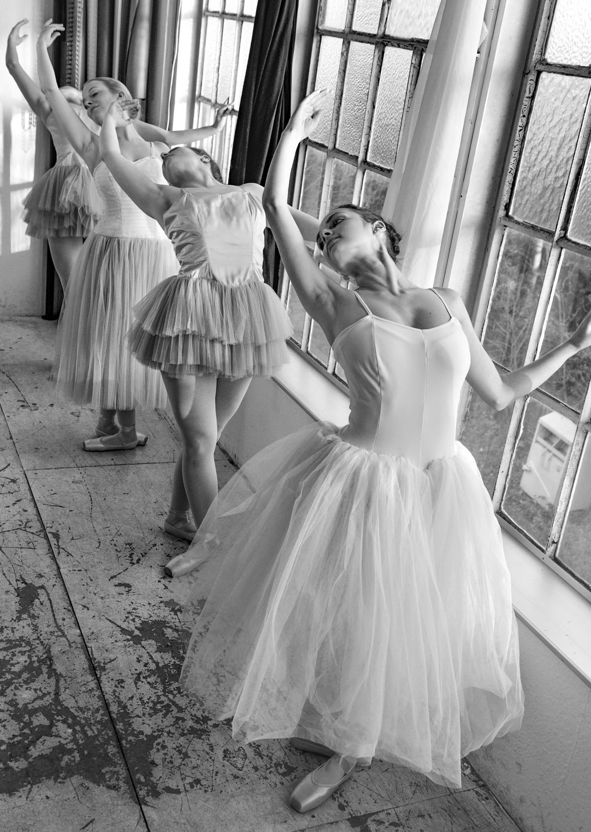 Ballet Dressing with young Ballet Dancers by Peter Mueller Photography 4