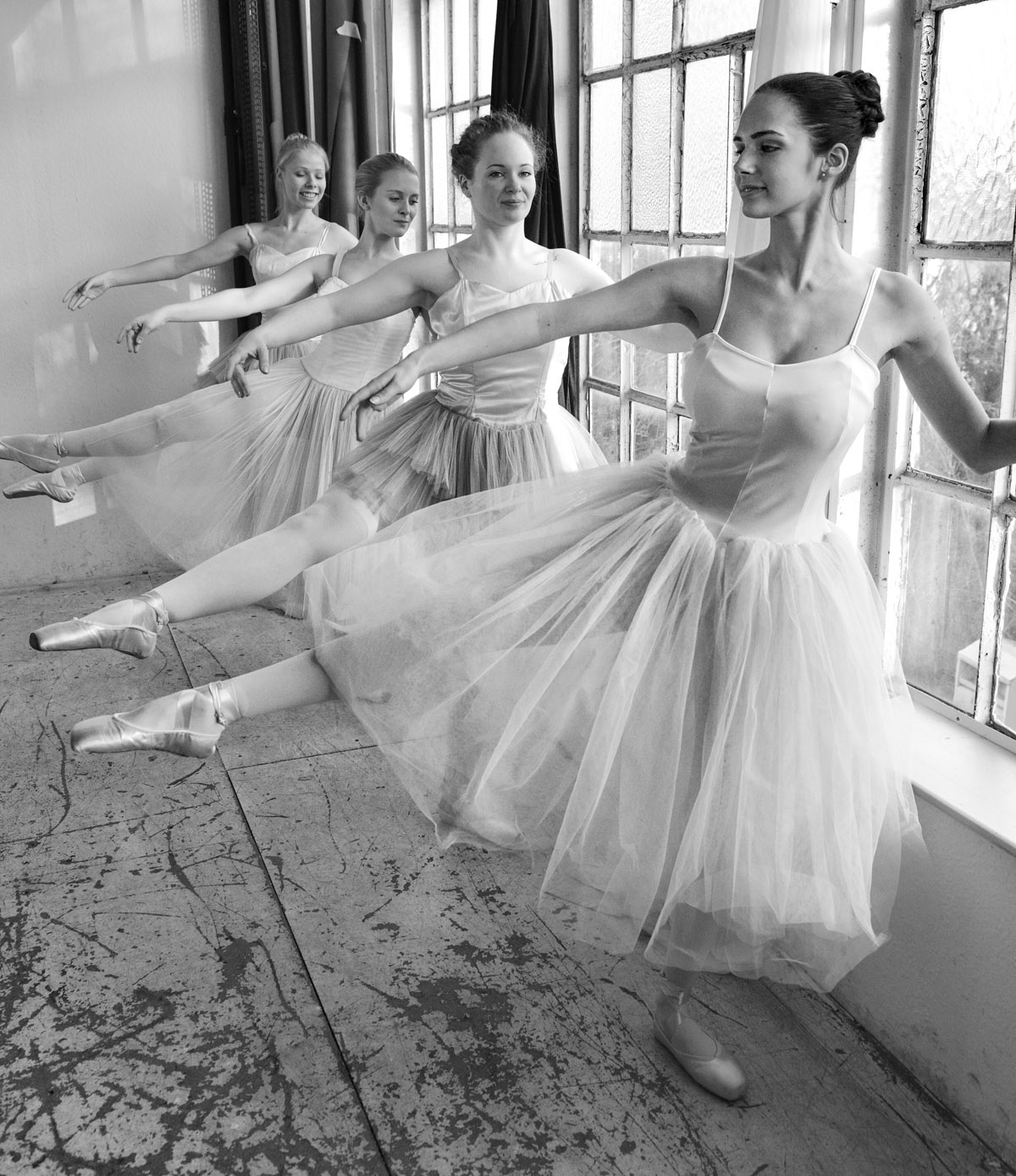 Ballet Dressing with young Ballet Dancers by Peter Mueller Photography 5