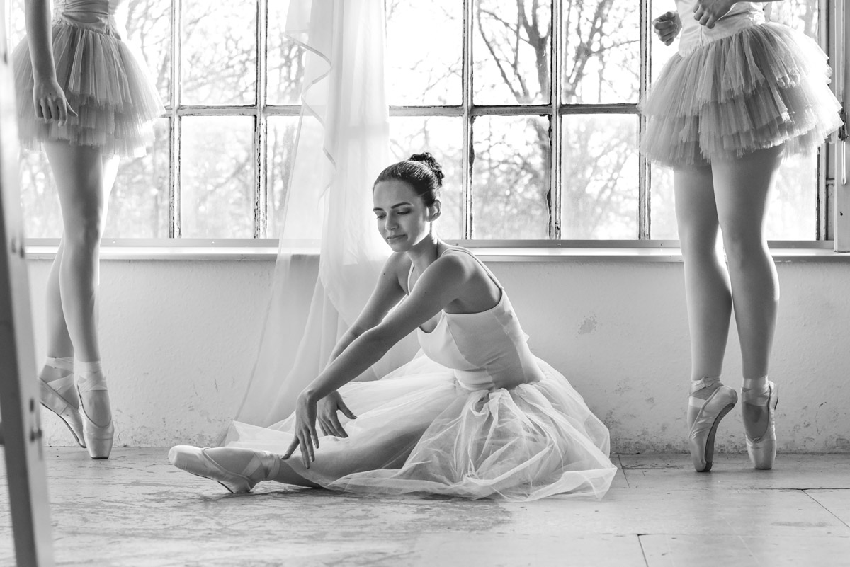 Ballet Dressing with young Ballet Dancers by Peter Mueller Photography 7