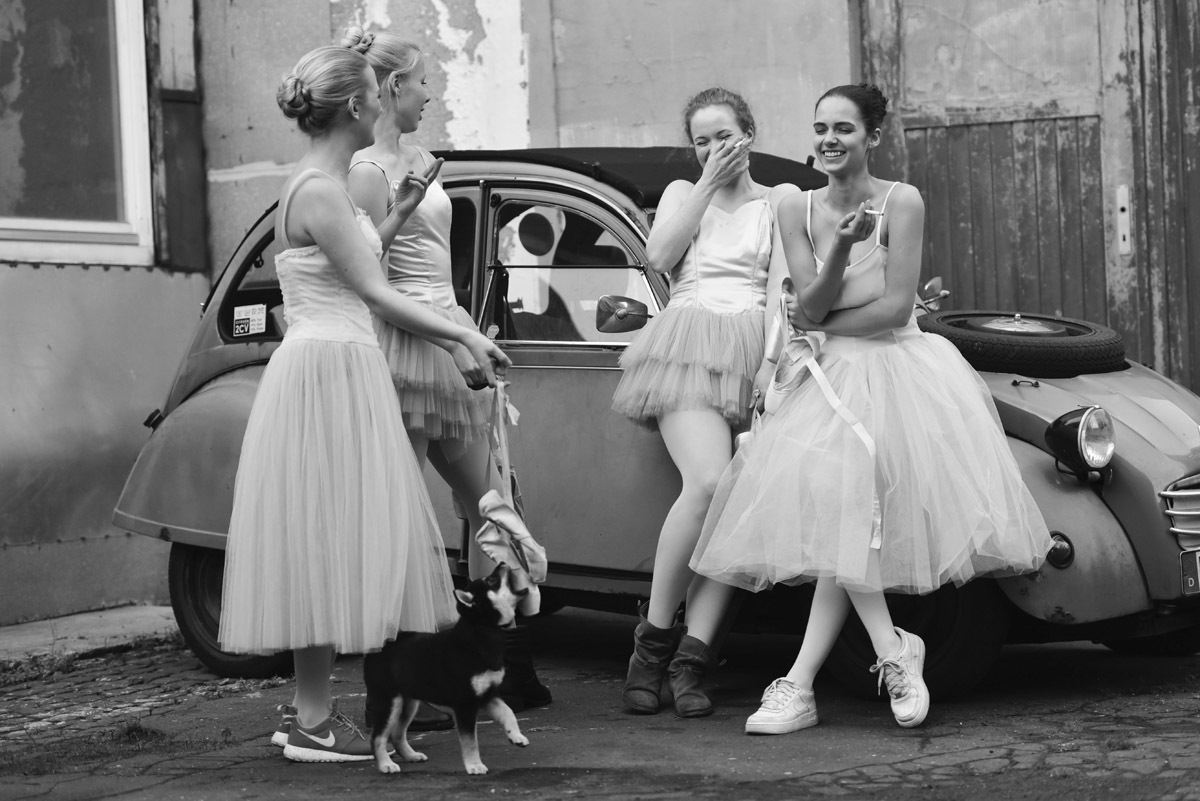 Ballet Dressing with young Ballet Dancers by Peter Mueller Photography 9