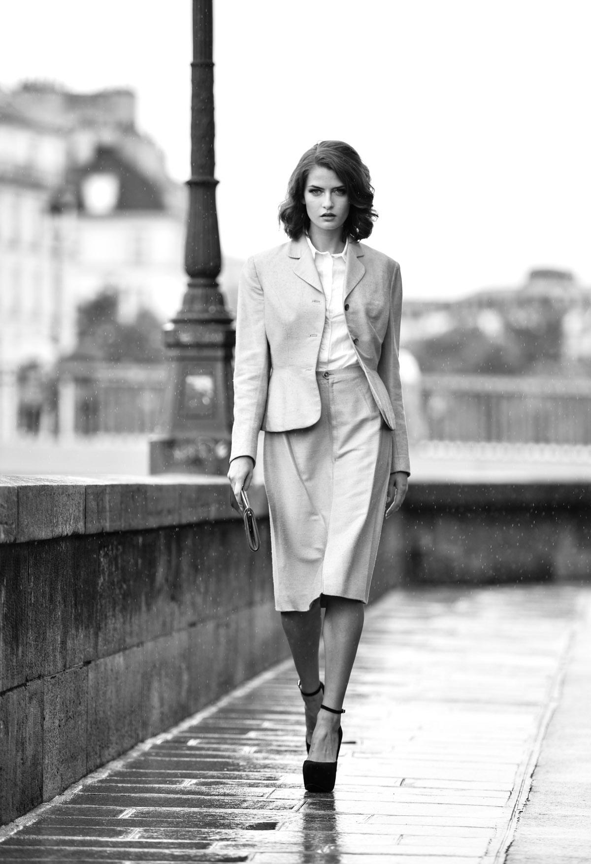 Paris Female couple Editorial - nouvelle Romance homage by Peter Mueller Photography 19