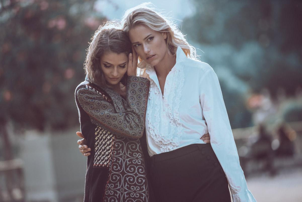 Paris Female couple Editorial - nouvelle Romance homage by Peter Mueller Photography 28